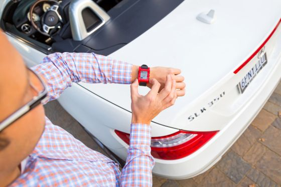 Mercedes-Benz, Smartwatch von Pebble