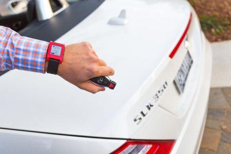 Mercedes-Benz und Smartwatch: CES 2014