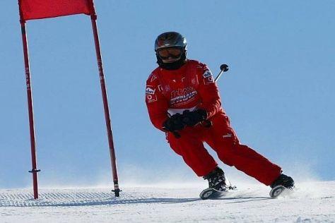 Schumachers Helmkamera soll Aufschluss über die Unfallursache liefern (Archivbild)