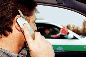 Fahrverbot f�r Telefonierer
