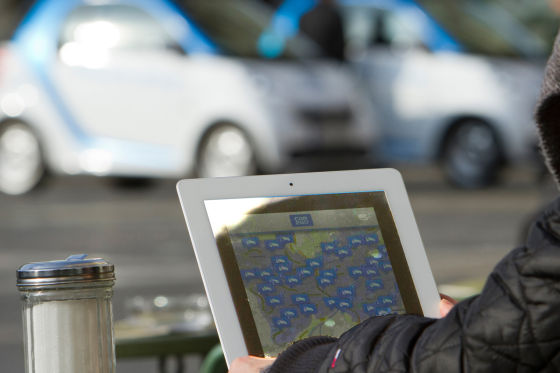 Tablet mit Car2Go-App
