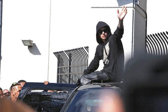 Justin Bieber bei seiner Freilassung