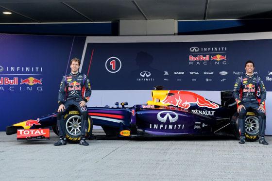 Erste Runde an Mercedes