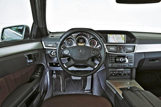Mercedes E350 CDI, Innenraum, Cockpit