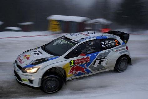 Jari-Matti Latvala führt die Rallye Schweden vor dem Schlusstag an