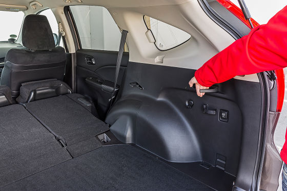 kompakte suvs honda cr v trifft auf kia sportage. Black Bedroom Furniture Sets. Home Design Ideas