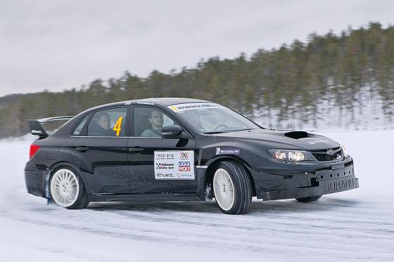 Reifen-Test auf Eis und Schnee