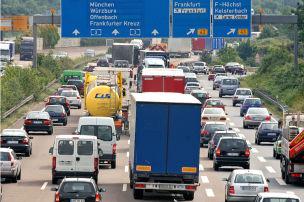 Autobahn-Engpässe bleiben