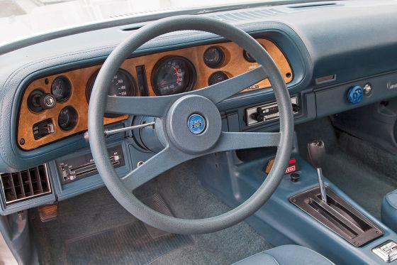 Chevrolet Camaro LT 350 V8