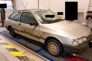 Gammel-Ford aus dem Verkehr gezogen
