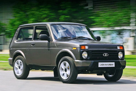 facelift lada niva taiga 4x4x neues blechkleid f r den dino. Black Bedroom Furniture Sets. Home Design Ideas