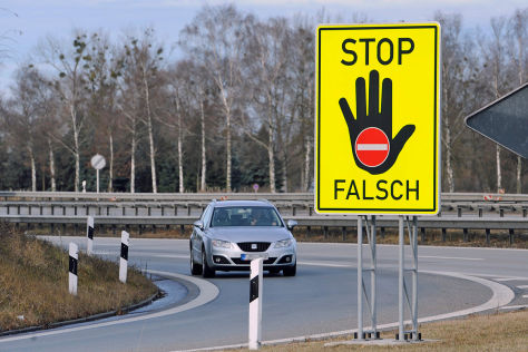 Aktion gegen Geisterfahrer: Blockade der linken Spur