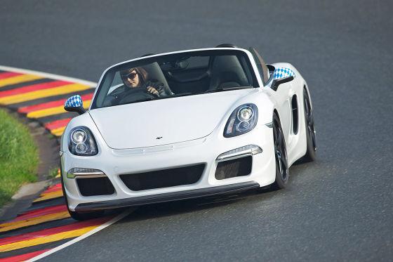 Erfolgt der Umbau auf Basis eines Neufahrzeugs, wird aus dem einstigen Porsche ein waschechter Ruf.