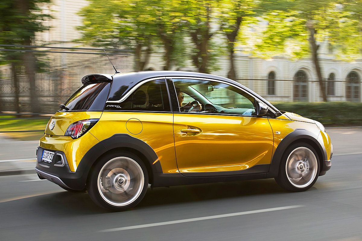 Opel Adam Rocks Crossover