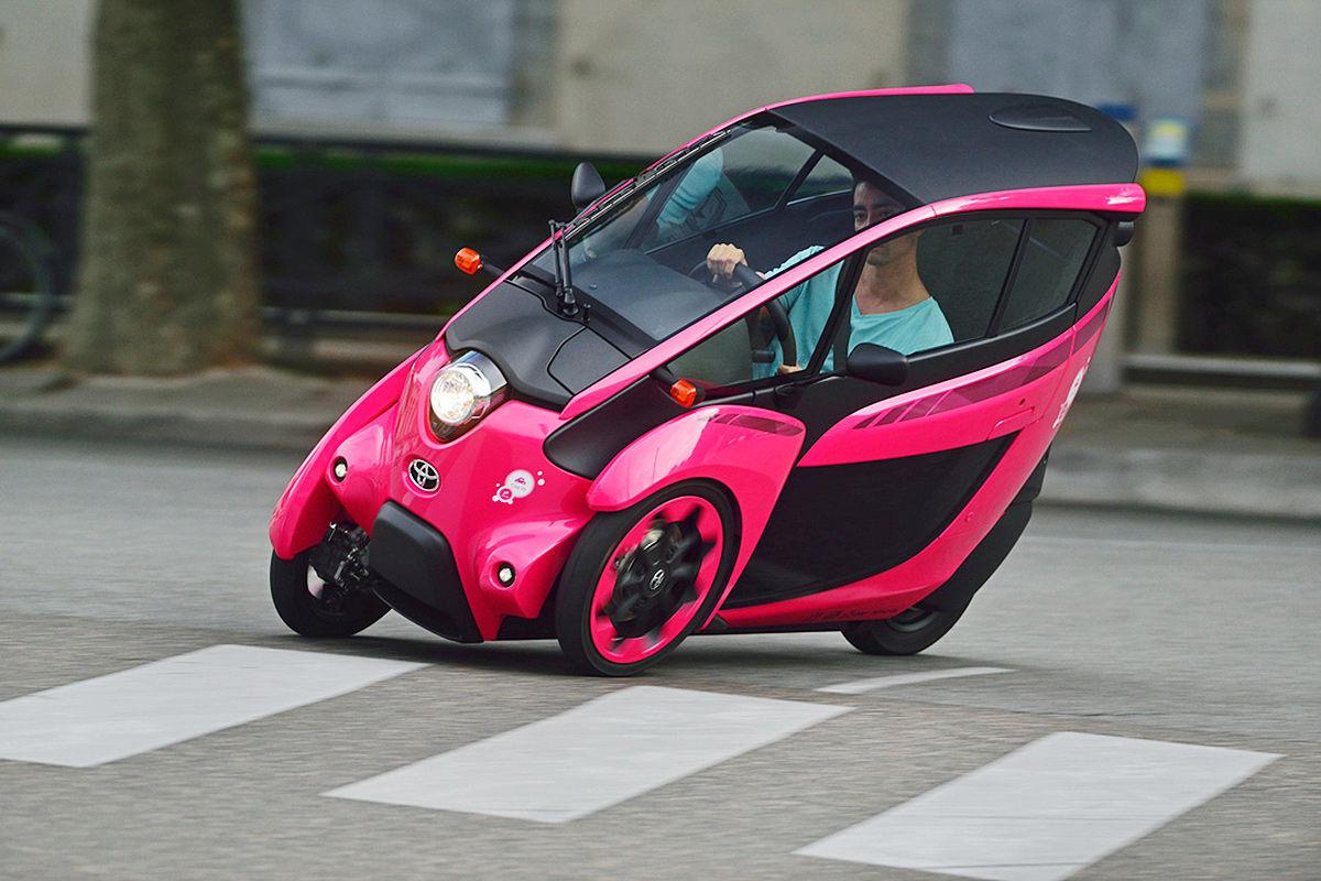 Toyota i-Road: Schräglage