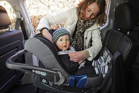 Neue Regeln für Babyschalen