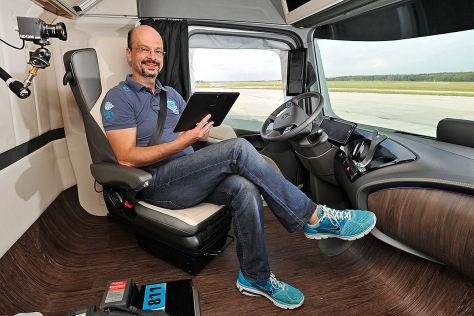 Mercedes Future Truck 2025 Fahrbericht Autobild De
