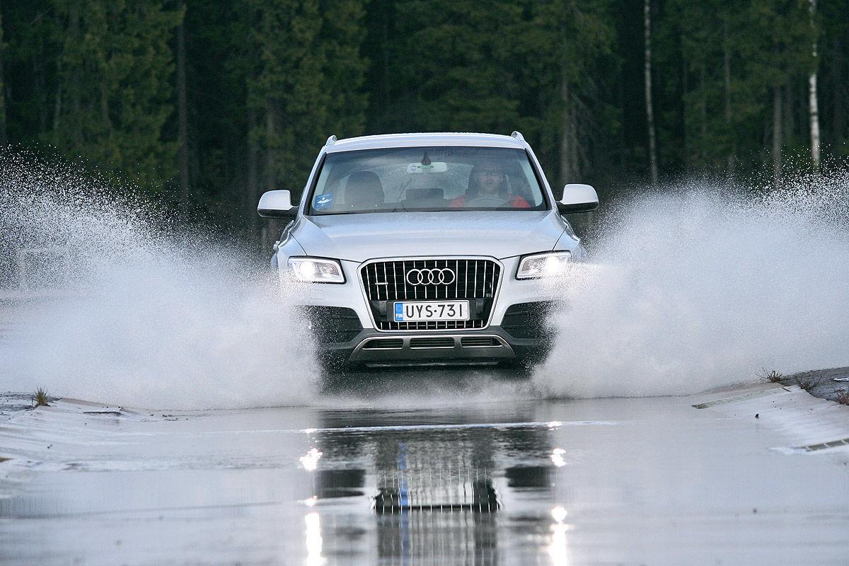 Winterreifen-Test, Audi Q5, Aquaplaning-Test