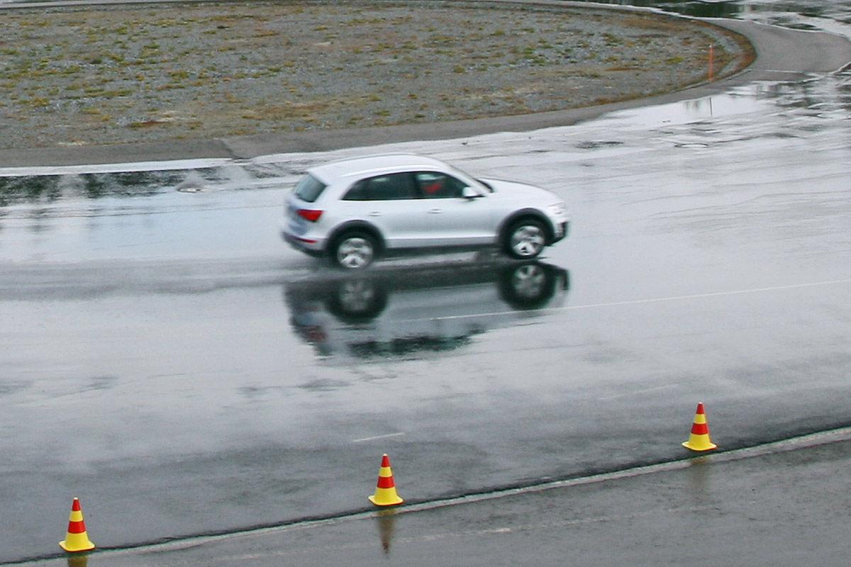 Winterreifen-Test, Audi Q5, Kreisbahn