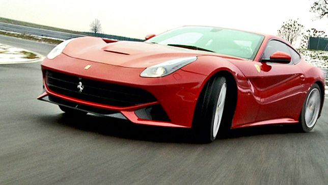 Video Ferrari F12 Berlinetta Vs Lamborghini Aventador Autobild De
