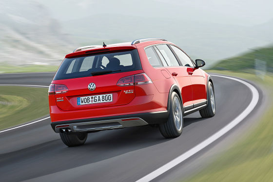VW Golf VII Alltrack: Autosalon Paris 2014