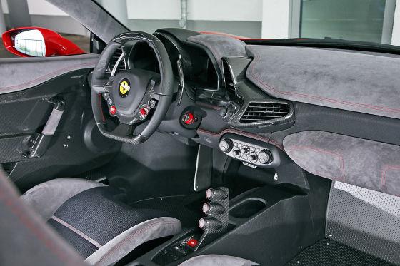 Ferrari 458 Speciale Cockpit