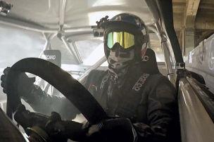 Driften im Mega-Mustang