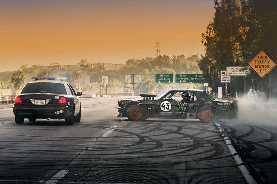 Ken Block´s Ford Mustang   Gymkhana seven   Los Angeles