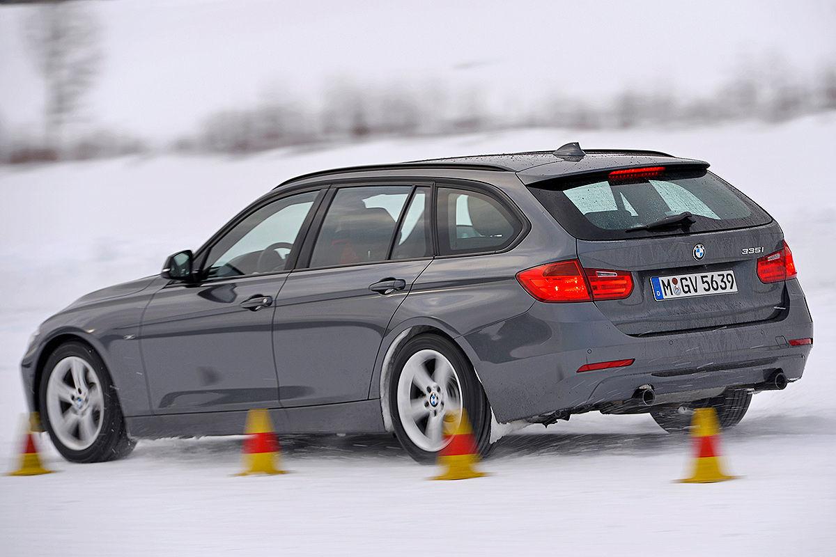 BMW 3er, Winterreifen-Test: Bremsen auf Schnee