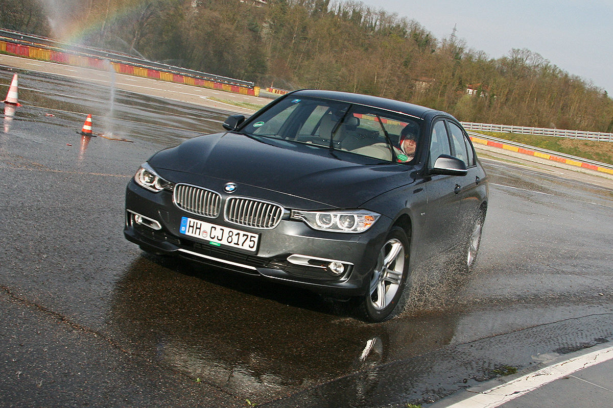 BMW 3er, Winterreifen-Test: Handling bei Nässe
