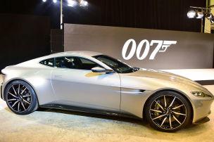 Fahren wie 007 im DB10