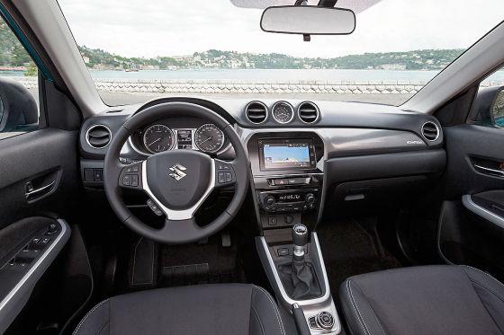 Suzuki Vitara Cockpit