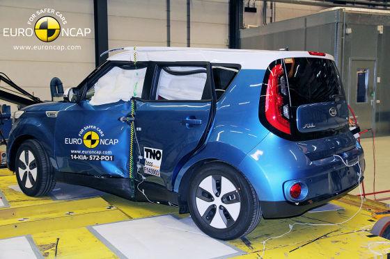 Kia Soul EV e-tron Euro NCAP Crashtest Dezember 2014