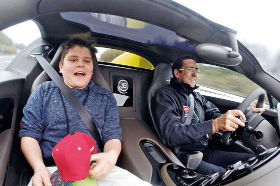 David Knezevic und Pierre-Henri Raphanel im Bugatti