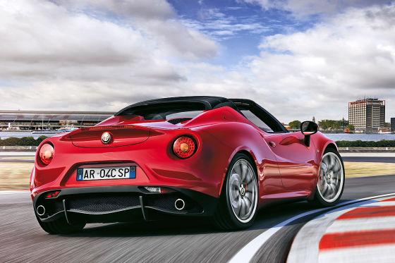 Alfa 4C Spider: Detroit Motor Show 2015