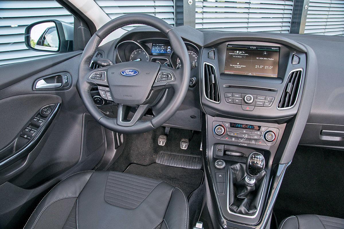 Ford Focus Facelift 2014, Cockpit