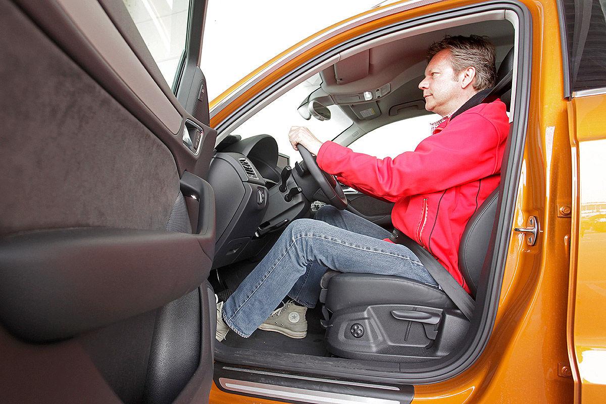 Audi Q3, Einstieg