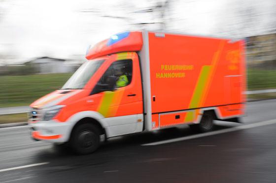Feuerwehr-Rettungswagen im Einsatz
