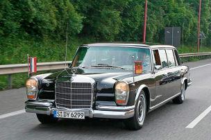 Prunk-Benz im gehobenen Dienst
