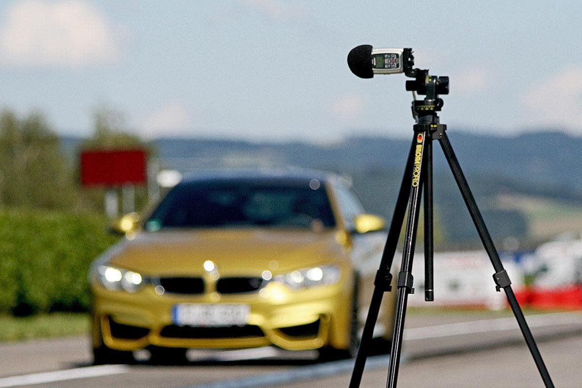 BMW M4, Sommerreifen-Test, Geräuschmessung