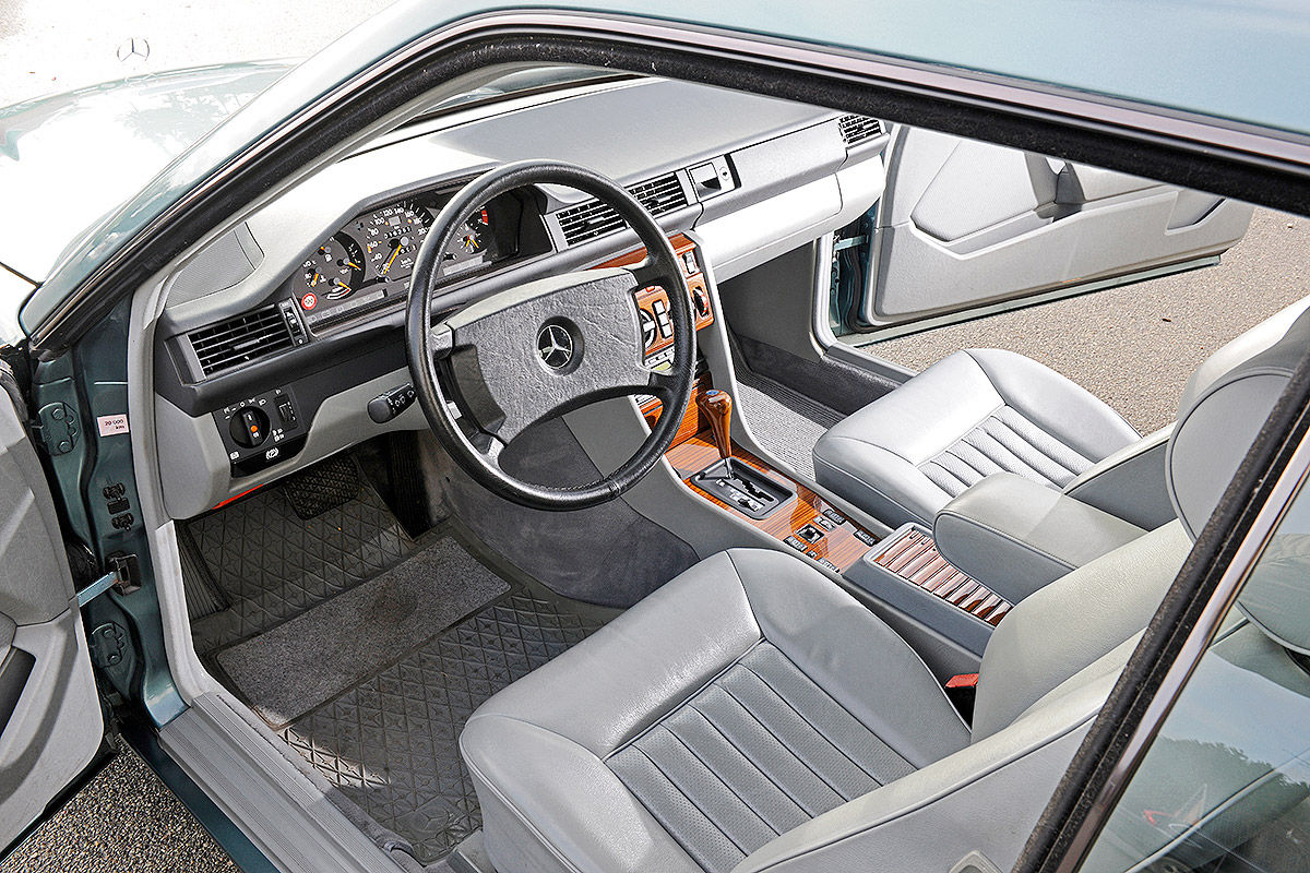 Mercedes 300 CE  W124