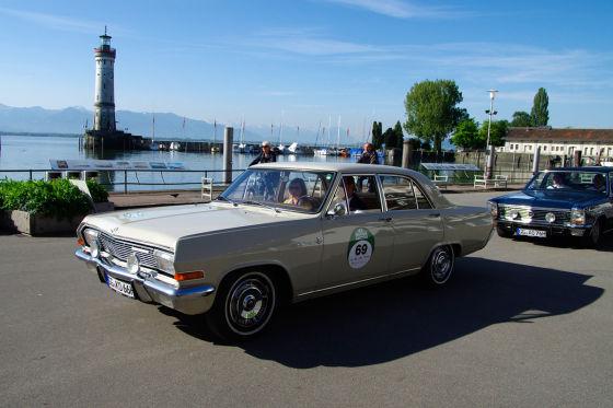 Im Opel Kapitän durch Lindau