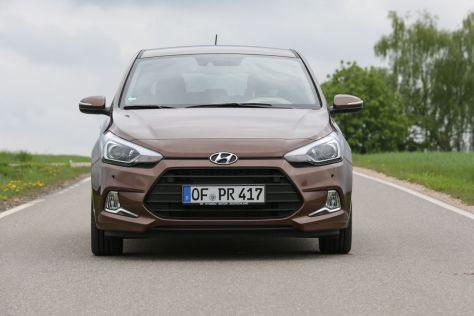 hyundai i20 coupé 2015 test: fahrbericht, daten und preise - autobild.de