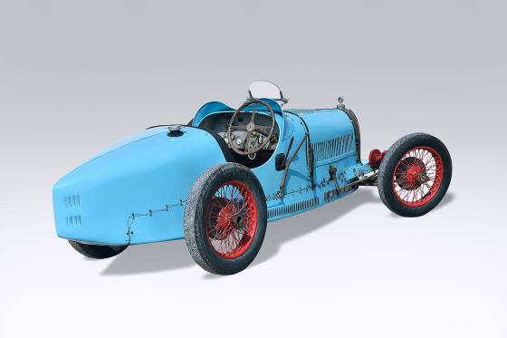 An undated handout picture provided by Osenat auction house in France on 16 June 2015 shows a Bugatti Type 37, 1500cc Sport, said TECLA 4, produced in 1927. The car went under the hammer at the Automobilia sale by Osenat auction house on 14 June 2015 in Fontainebleau, France. The car was sold 920,000 euros.