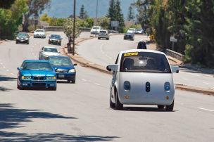 Google-Kugel fährt in Kalifornien