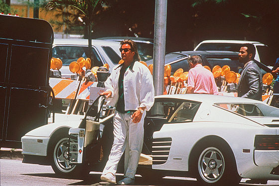 Don Johnson mit Ferrari Testarossa