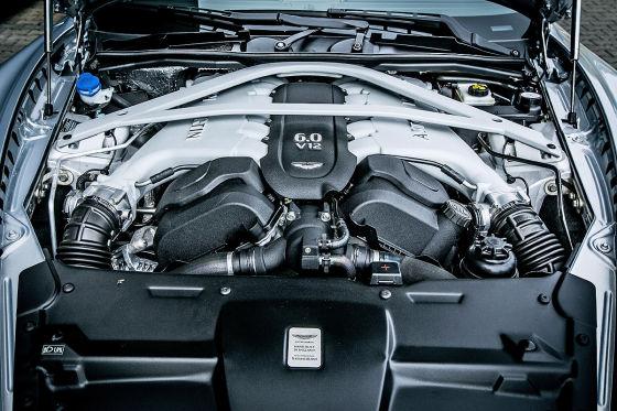 So fährt der neue DB9 GT Roadster