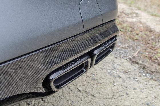 Knalliges V8-Coupé
