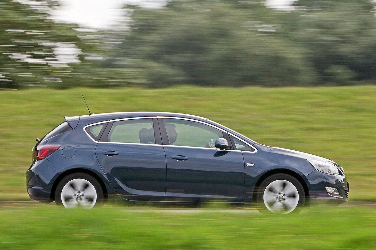gebrauchtwagen-test opel astra j - bilder - autobild.de
