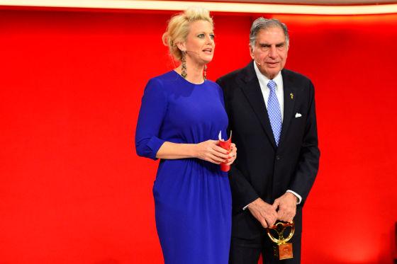 Barbara Schöneberger und Ratan Tata